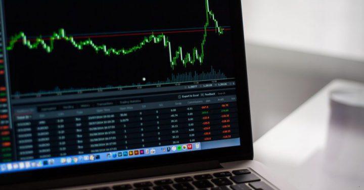 ディープラーニングで株のイメージ