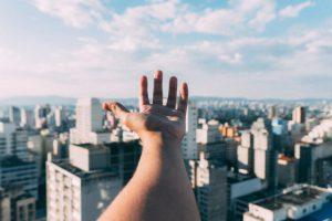 人材不足の問題と未来のイメージ