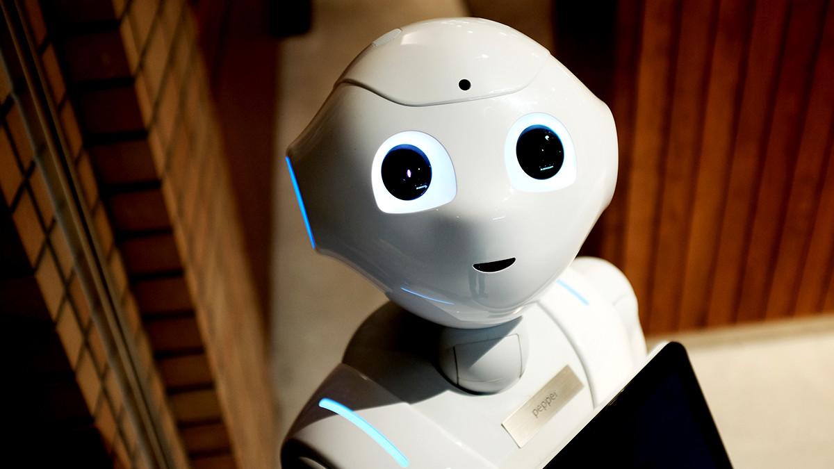 人工知能ロボットイメージ