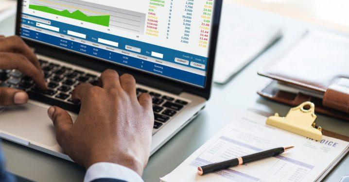 ディープラーニングで株価予測をするイメージ