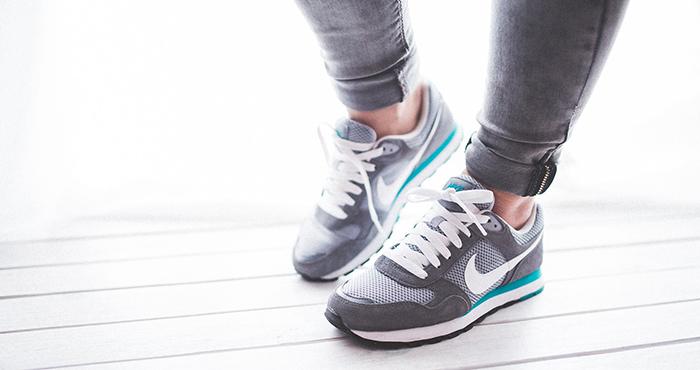 AIが靴を選ぶ基準とはイメージ