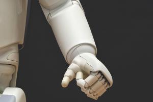 世界終末危機になるかも!?人工知能が感情を持つ未来の怖さ