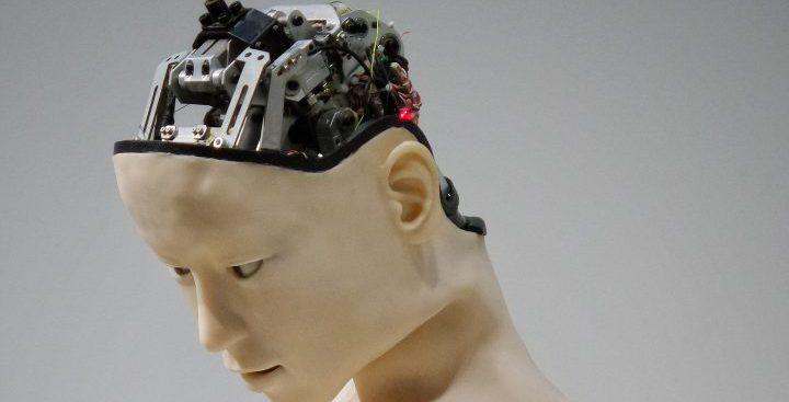 倫理観を持たないAI(人工知能)ロボットのイメージ
