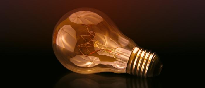 新しいアイデアや革新を生むイメージ