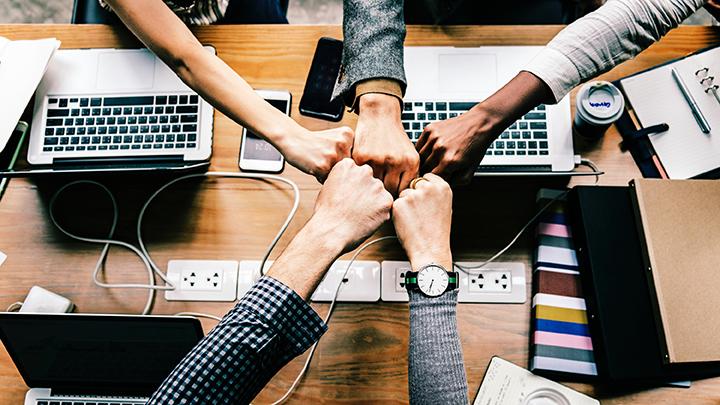 人と仕事をマッチングするのはAI、人工知能でビジネスマッチング