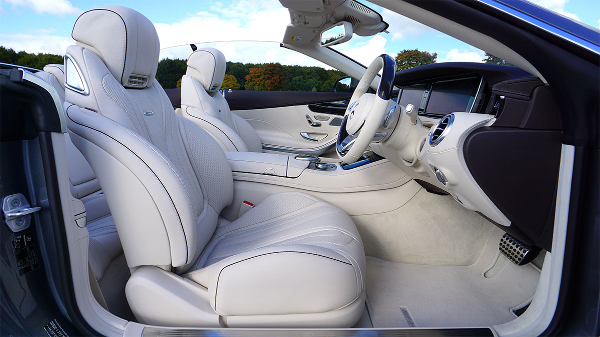 自動運転自動車のイメージ
