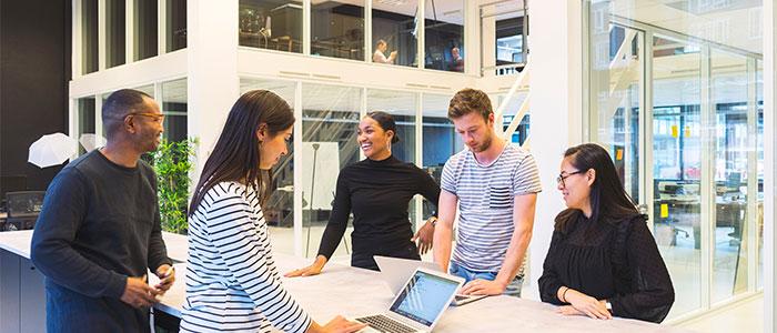 人工知能を開発する会社のイメージ