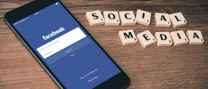 Facebookアプリのイメージ