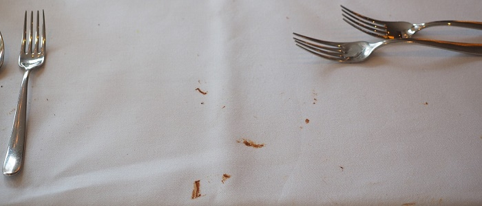 テーブルクロスについてシミのイメージ