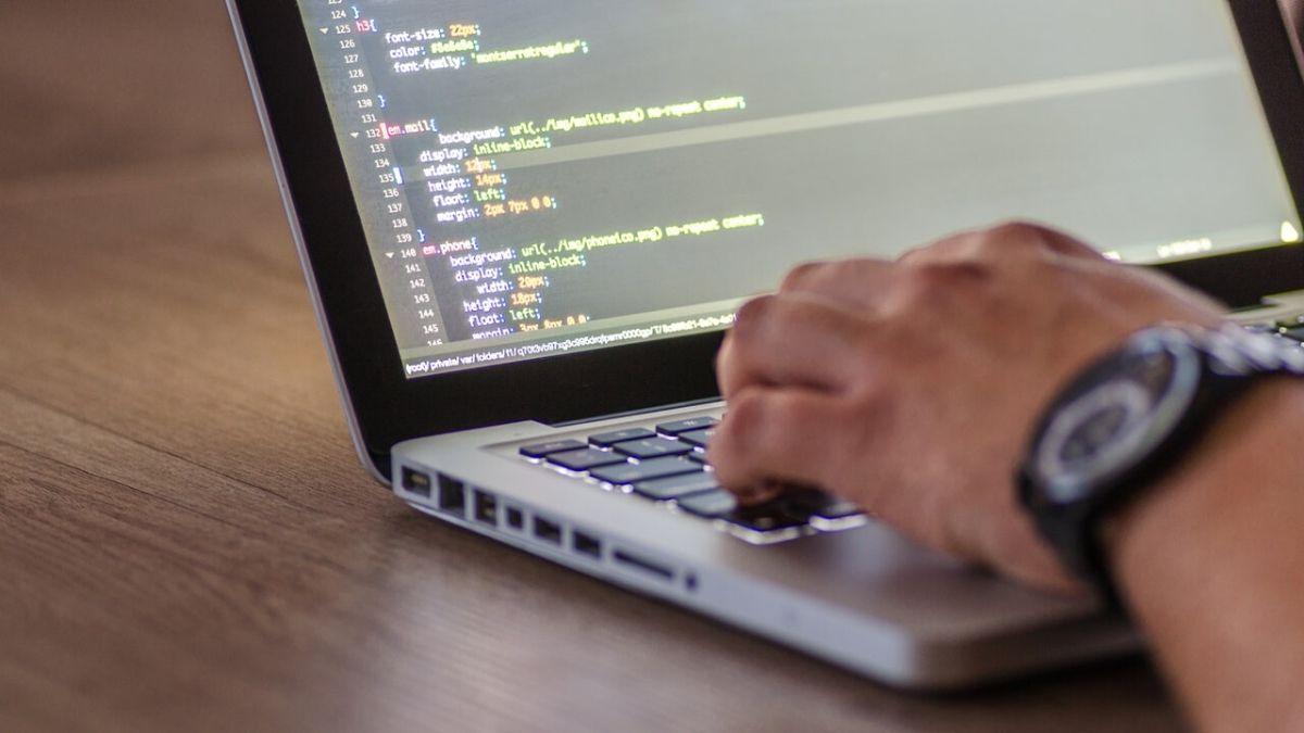 Python初心者には必須!「Python-izm」の学習内容を解説