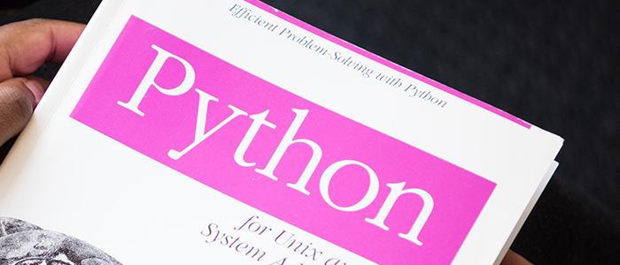 Pythonの本のイメージ