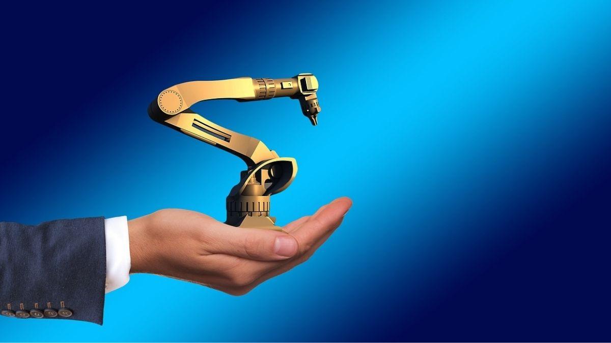 人とロボットが一緒に作業する!新しい形「協働ロボット」とは