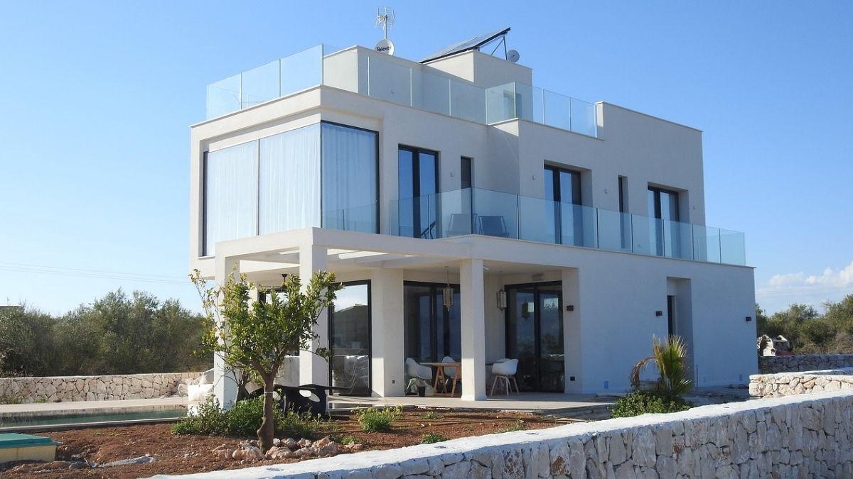 「スマートハウス」って何?スマートホーム・IoT住宅の違いも含めて説明
