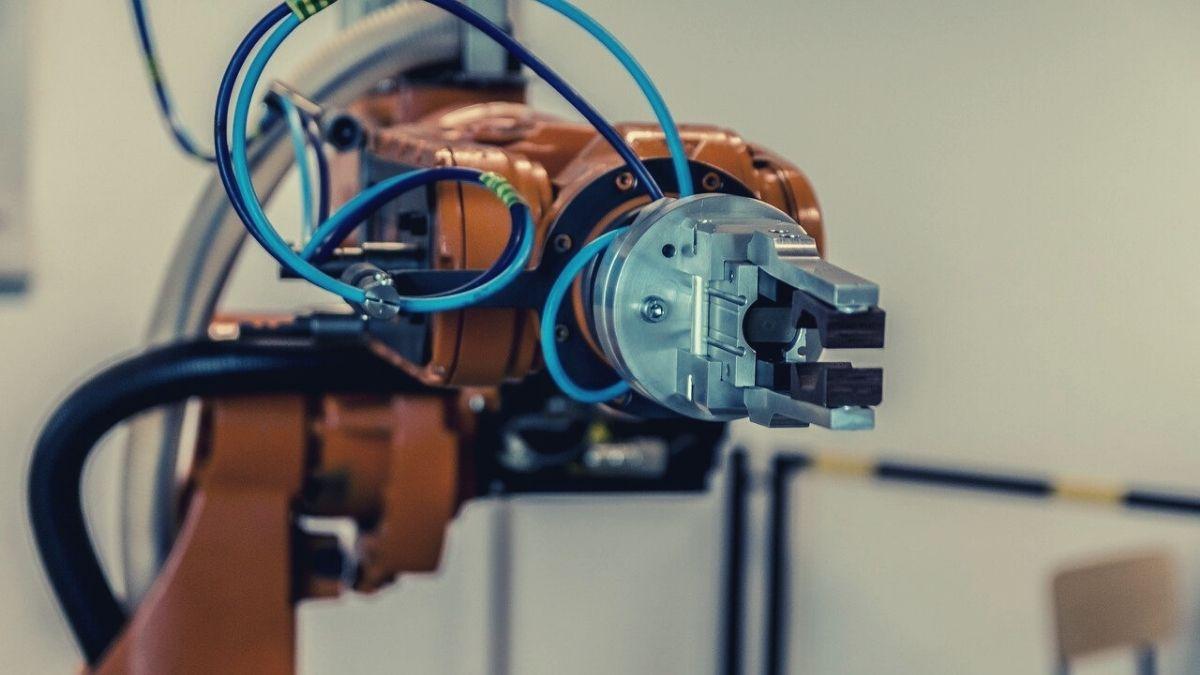 「台車ロボット」って何?物流を支える次世代の搬送ロボットとは