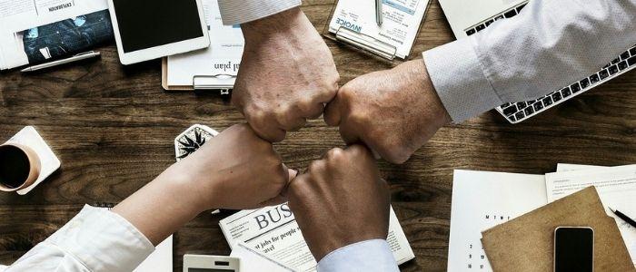 社内一致団結のイメージ